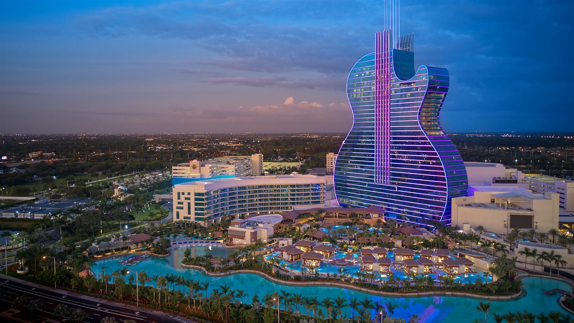 Seminole Hard Rock Hotel & Casino Hollywood คาสิโนเจ้าภาพนางงามจักรวาลปี 2020